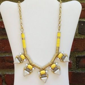 Stella & Dot Pavilion statement necklace